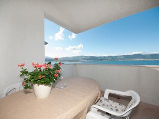 TH01903 Villa Vera / One bedroom A2 - Arbanija vacation rentals