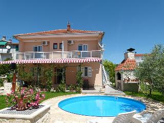 8 bedroom Villa in Vodice Tribunj, Central Dalmatia, Croatia : ref 2021634 - Tribunj vacation rentals