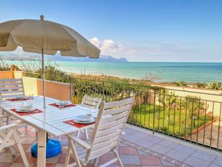 "Villa ""AMARANTO"" on the Beach - Alcamo vacation rentals"