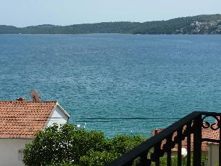 TH01906 Apartments Tomi&Ivana / One bedroom A9 - Seget Donji vacation rentals