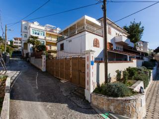 TH01891 Rooms Svemir / Room S1 - Okrug Gornji vacation rentals