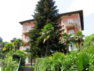TH03604 Apartments Basan / San Giuseppe Big A2 - Lovran vacation rentals