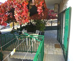 TH01244 Apartments Nediljka / Two bedrooms A2 - Primosten vacation rentals
