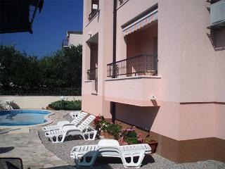 TH03452 Apartments Bojka/One Bedroom Apartment A6 - Promajna vacation rentals