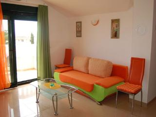 TH03453 Apartments Jelena/One Bedroom Apartment A3 - Promajna vacation rentals