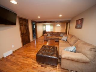 2 bedroom House with Internet Access in Ligonier - Ligonier vacation rentals