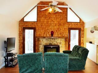Mi-Casa (4) 3 BD & 2 BA Lake Front House - Fairburn vacation rentals
