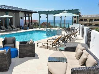 Gorgeous condo at the Waterhouse, short walk to beach, rooftop pool and hot tub - Sea Breeze at Waterhouse - Alys Beach vacation rentals