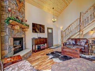 Beautiful 3 bedroom House in Blue River - Blue River vacation rentals