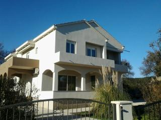 Beautiful 3 bedroom House in Bibinje - Bibinje vacation rentals