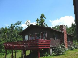 Romantic 1 bedroom Stanley House with Deck - Stanley vacation rentals