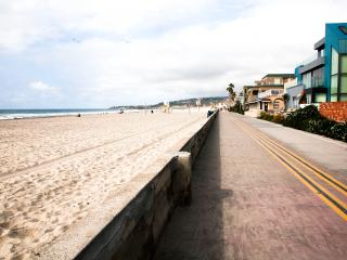 49 Steps to the Ocean or the Bay - Pacific Beach vacation rentals