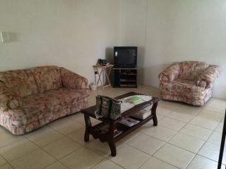 Welches Apt 3 - Large apt close to Dover Beach - Dover vacation rentals