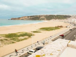 3 bedroom Condo with Internet Access in Nazare - Nazare vacation rentals