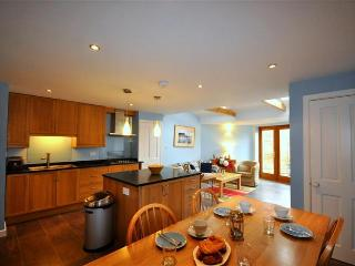 Rural Dorset cottage, ideal for friends and family - Broadmayne vacation rentals