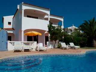 Gorgeous 3 bed villa sleeping 7 people with pool - Sesmarias vacation rentals