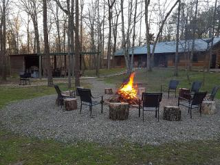 4 bedroom Cabin with Internet Access in Broken Bow - Broken Bow vacation rentals