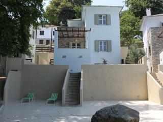 Bright 4 bedroom Zagora Villa with Internet Access - Zagora vacation rentals