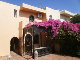 RAVISSANTE VILLA AVEC JARDIN - Agadir vacation rentals