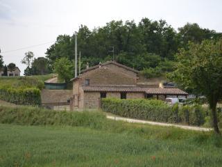 Casa Nestore Holiday Apartment Fico - Castiglione della Valle vacation rentals