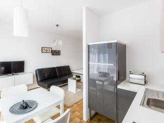 Cozy Cologne Studio rental with Internet Access - Cologne vacation rentals