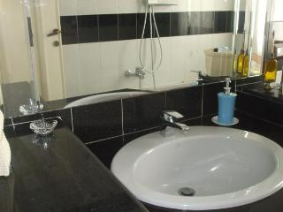 Cozy 1 bedroom Bed and Breakfast in Cagliari with Internet Access - Cagliari vacation rentals