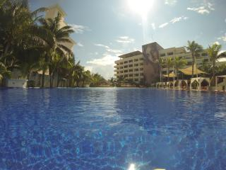 Presidential Suite - VIP All-inclusive Adults only - Cancun vacation rentals