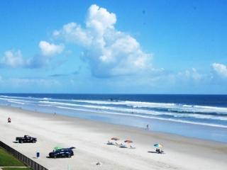 Hawaiian Inn Resort - Oceanfront - Daytona Beach vacation rentals