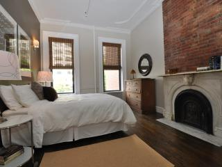 Spacious & Spotless  A 2000 sf Legal Four Bedroom - Manhattan vacation rentals
