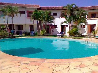 Beautiful 1 bedroom Porto Seguro Condo with Internet Access - Porto Seguro vacation rentals