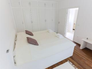 4 STAR Apartment STINA in the old center of Marina - Marina vacation rentals