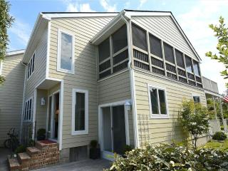 Only 1 block to the beach, 3 bedroom + loft townhouse with parking! - Bethany Beach vacation rentals