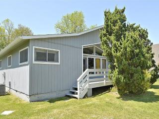 Spacious 4 bedroom windjammer home. Close to pool and tennis - Bethany Beach vacation rentals