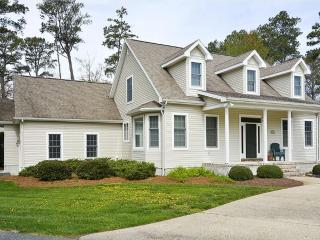 Lovely 3 bedroom corner lot home. Only 3 blocks to the beach! - Bethany Beach vacation rentals