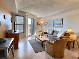 1 bedroom Apartment with Deck in Diamond Beach - Diamond Beach vacation rentals