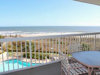Gorgeous House with Internet Access and Shared Outdoor Pool - Pawleys Island vacation rentals