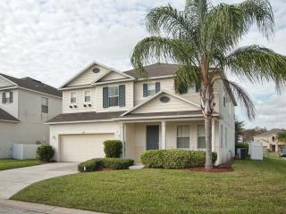 Spacious 5 bedroom House in Kissimmee - Kissimmee vacation rentals