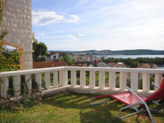 TROGIR SEAVIEW 4* SUMMER RETREAT for 10 - Trogir vacation rentals