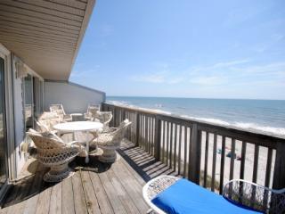Queen's Grant F-218 3 Bedroom OF - Topsail Beach vacation rentals