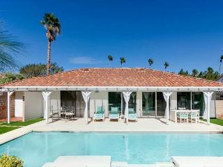 STYLISH  PALM SPRINGS VILLA - from $189 - Palm Springs vacation rentals