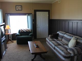 Charming House with Internet Access and Television - Crescent City vacation rentals