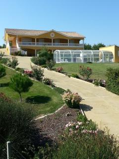 Grande Maison avec piscine privé jusqu'à 12 pers - Duras vacation rentals