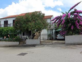 35211 A Marija(4) - Supetar - Supetar vacation rentals