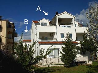 35398  B1(2+2) - Tribunj - Tribunj vacation rentals