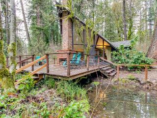 Unique, dog-friendly woodland cabin w/ a detached studio, on the McKenzie River! - Finn Rock vacation rentals