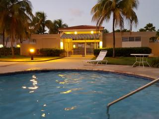 Beautiful 4 Bedroom Villa For Rent, Beach & Pool - Dorado vacation rentals