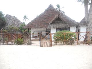 Charming 2 bedroom Vacation Rental in Kiwengwa - Kiwengwa vacation rentals