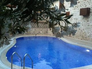 White garden Hotel&Pansiyon - Antalya vacation rentals
