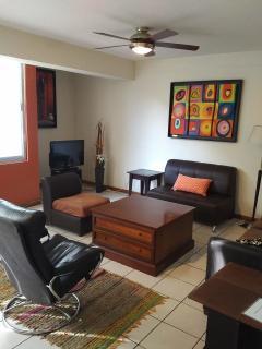 3 bedroom Apartment with Internet Access in Guadalajara - Guadalajara vacation rentals