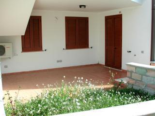 Trilocale  nel residence Blumer vicino al mare - Sant'Isidoro vacation rentals